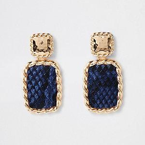 Blauwe rechthoekige oorhangers met slangenprint