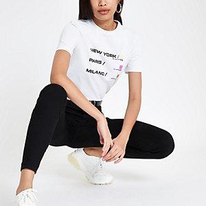 Weißes T-Shirt mit City-Neonprint