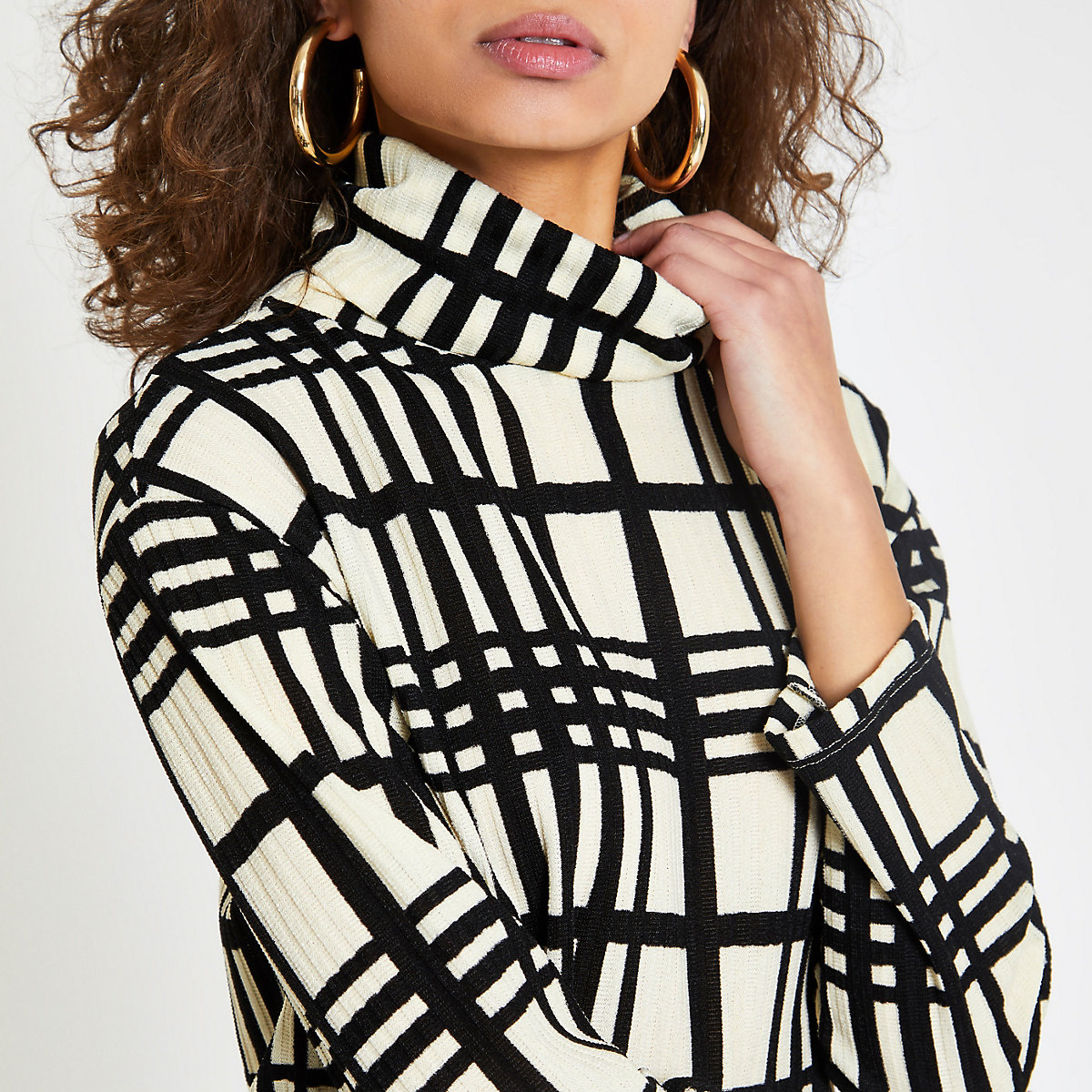 White check print high neck top