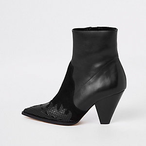 Black leather pointed western boots