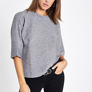 Grey flare sleeve knit T-shirt