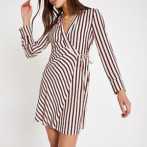 Red stripe tie shirt dress