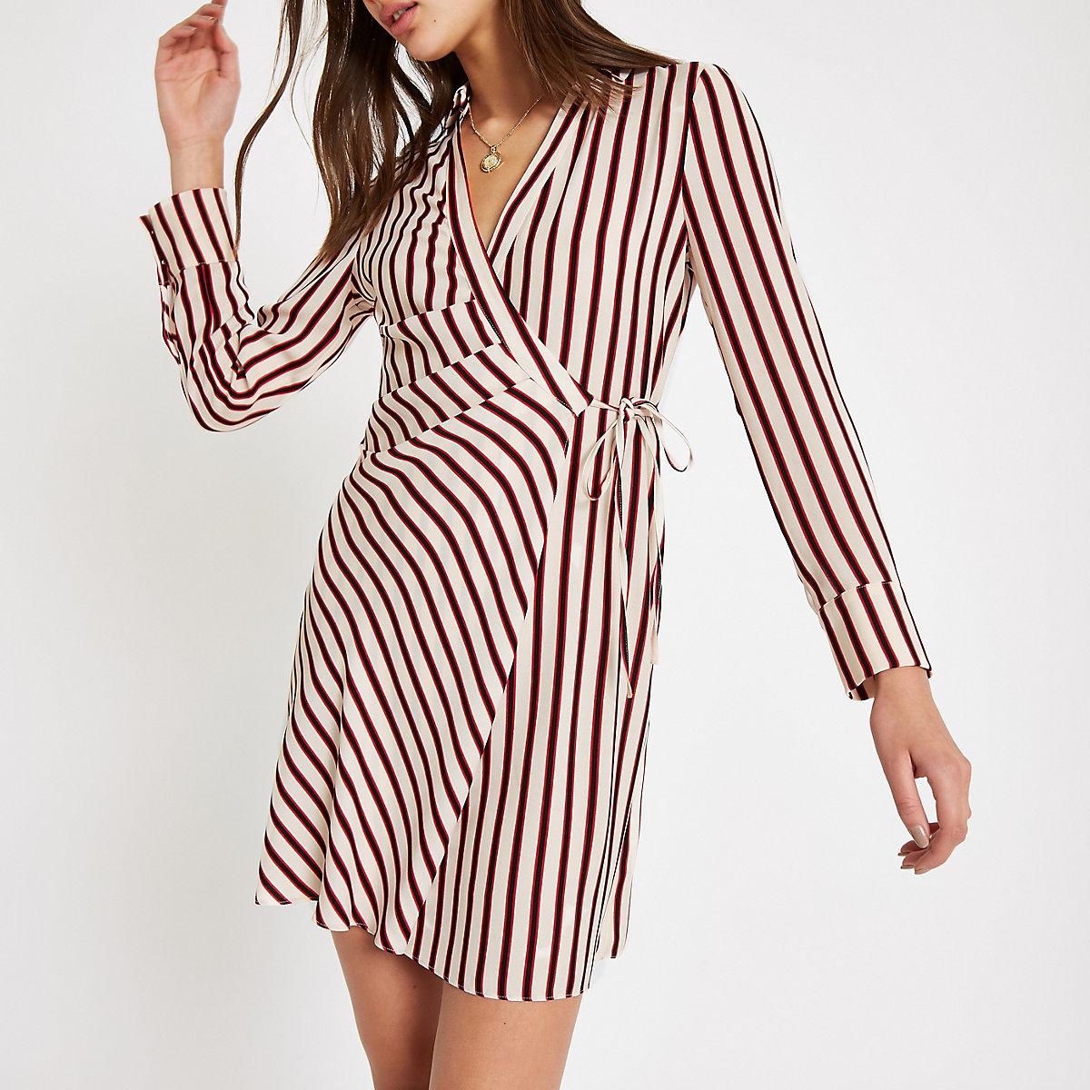 Red stripe tie shirt dress