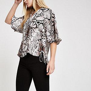 Bruin overhemd met slangenprint print en strik opzij