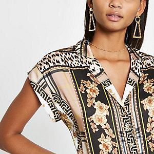 Brown satin scarf print short sleeve shirt