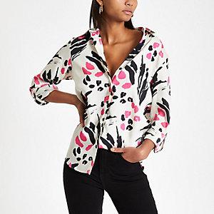 Roze ruimvallend overhemd met dierenprint