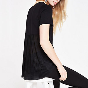 Black pleated loose fit T-shirt