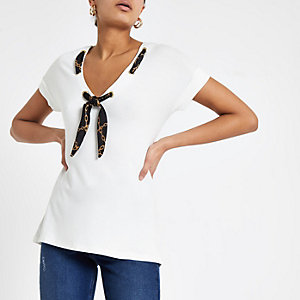 White scarf neck loose fit T-shirt
