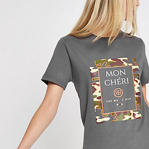 Grijs jumbo T-shirt met 'Mon cheri'- en camouflageprint