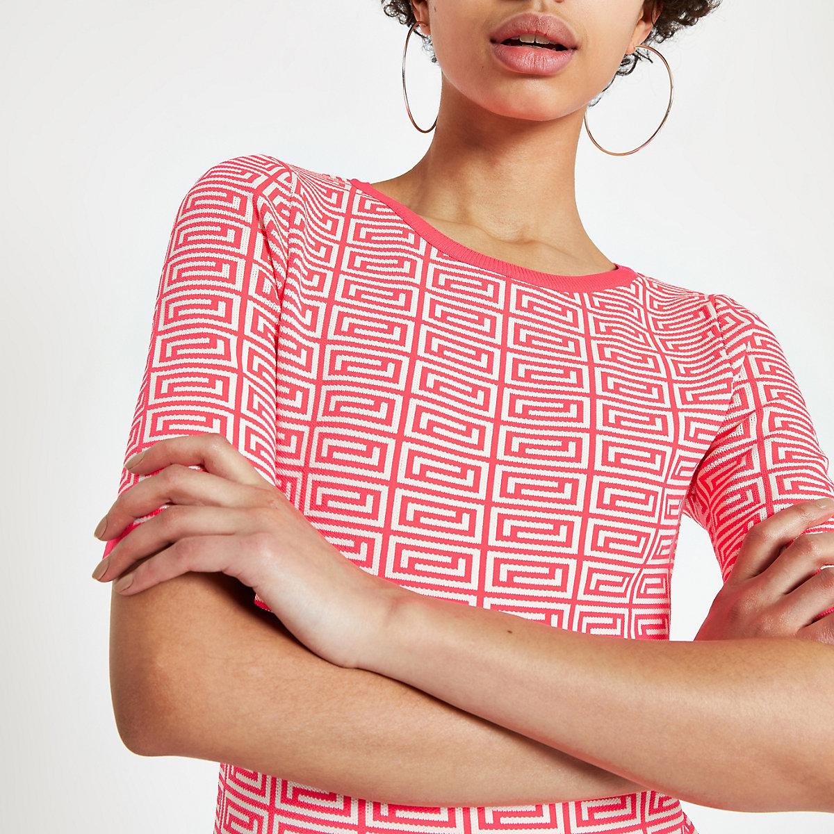 Neon pink geo print knitted T-shirt