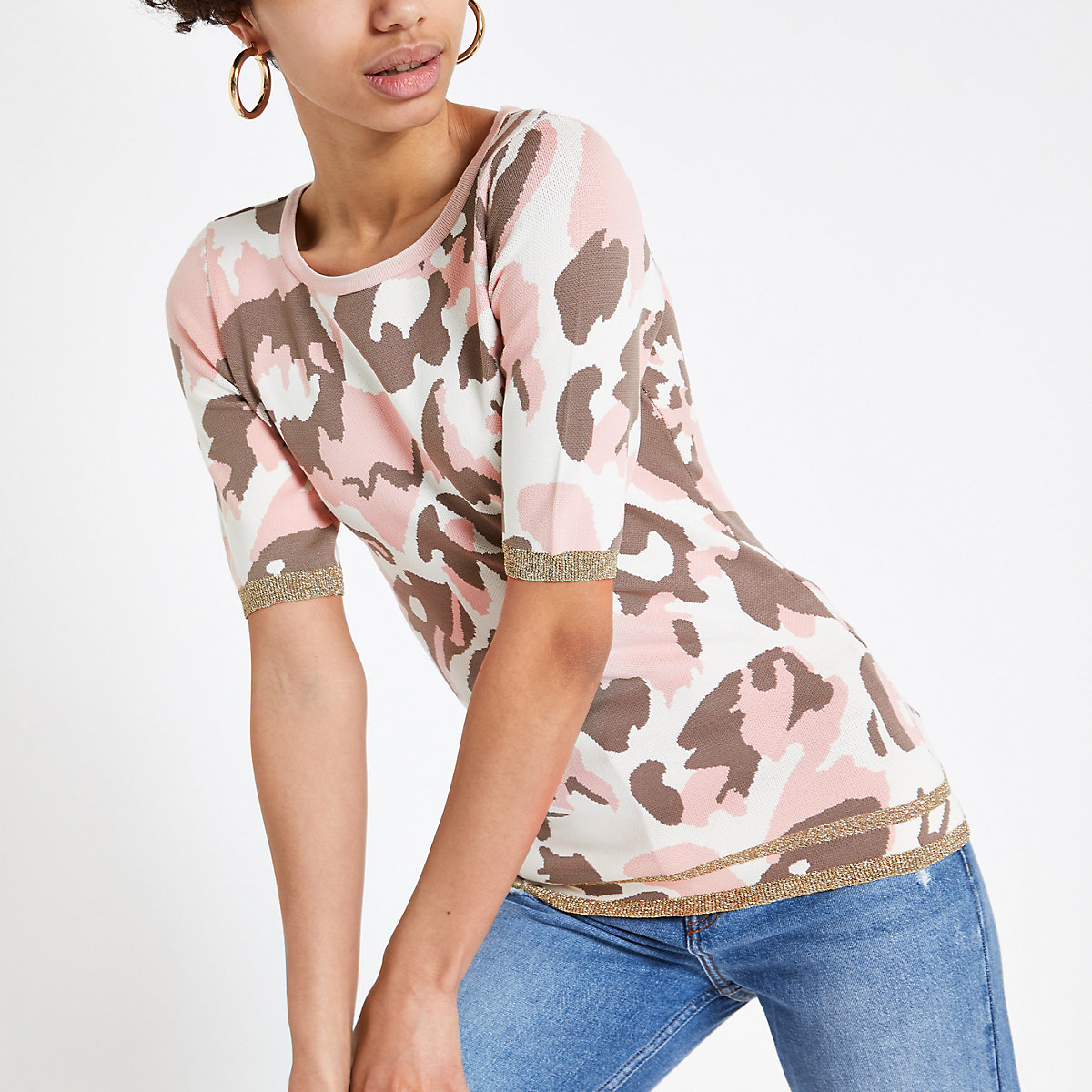 Pink camo print knit T-shirt