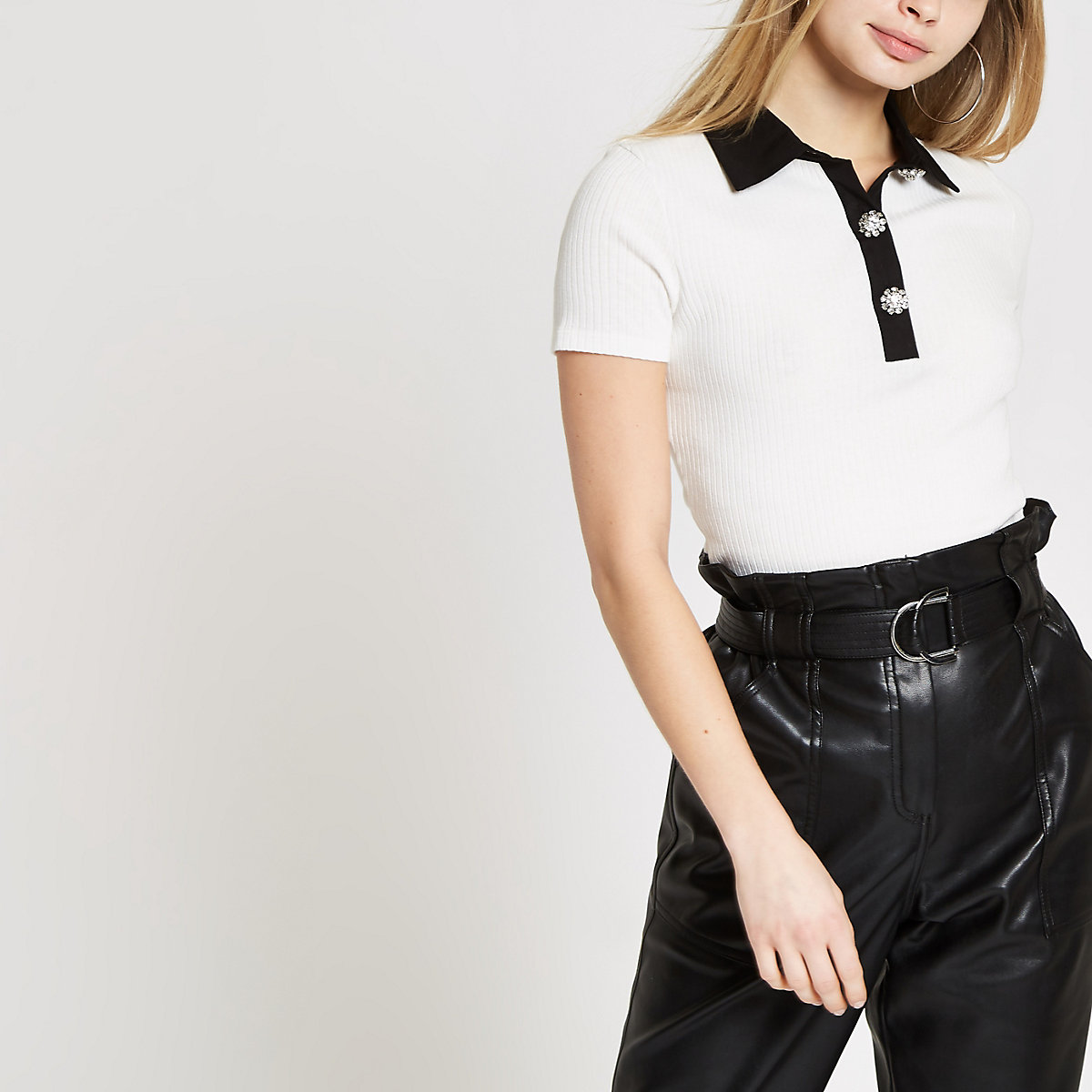 White ribbed embellished collar T-shirt
