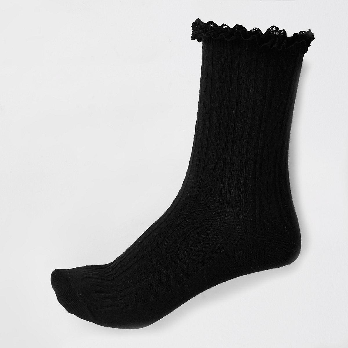 Black cable frill socks