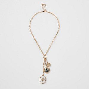 Halskette in Goldoptik mit ovalem Anhänger