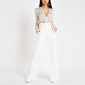 White pleated wide leg pants