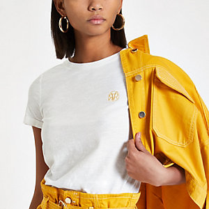 Wit T-shirt met RI-logo en omgeslagen mouwen