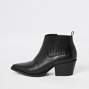 Bottines en cuir noires à talon carré style western