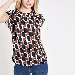 T-shirt à imprimé géométrique marron à boutons