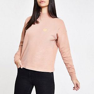 Pink turtle neck sweatshirt