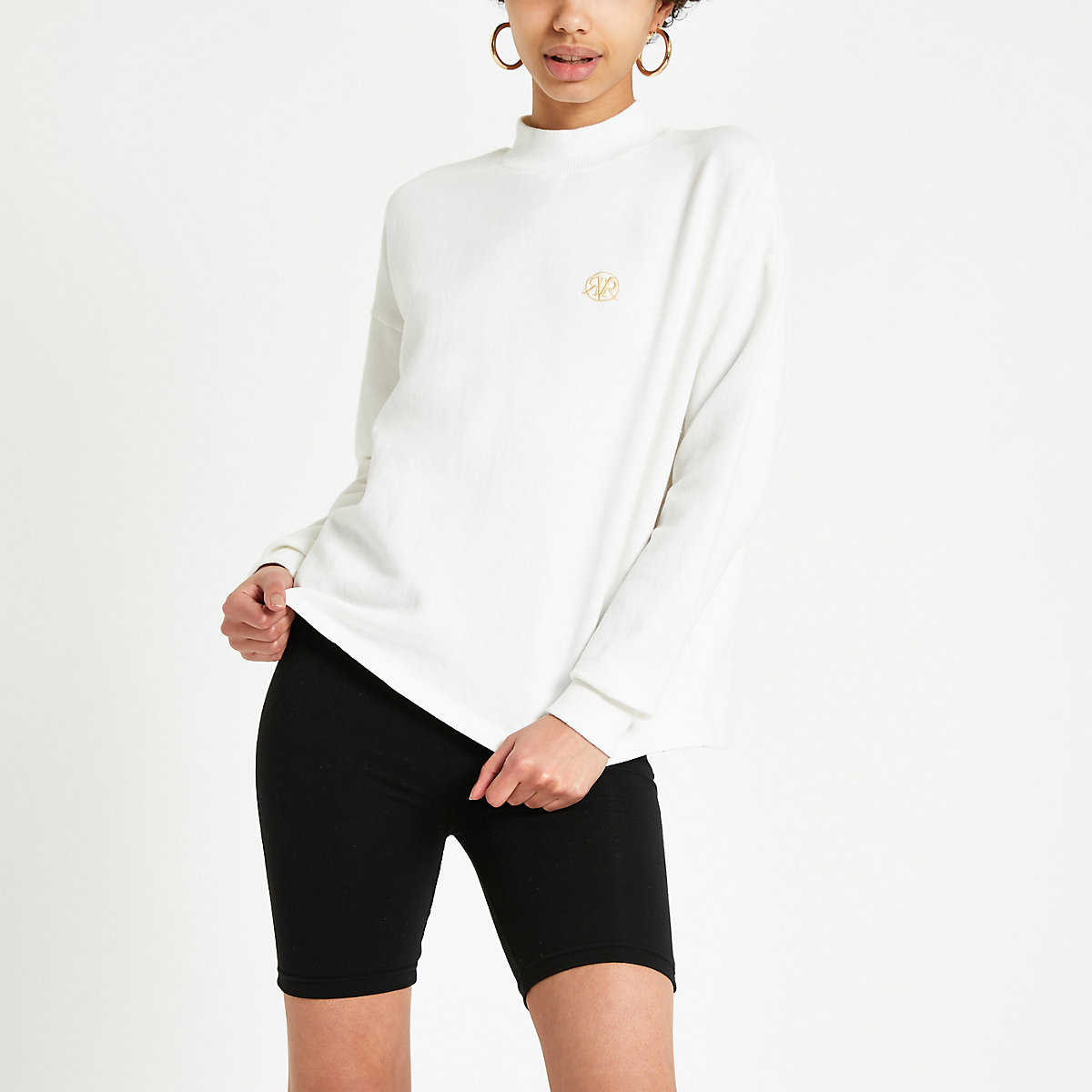 Cream turtle neck sweatshirt