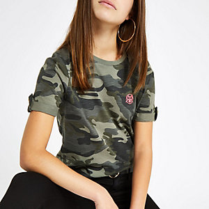 Petite green camo print rolled sleeve T-shirt