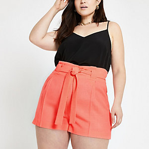 RI Plus - Feloranje short met strikceintuur
