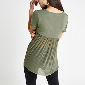 Khaki pleated short sleeve T-shirt