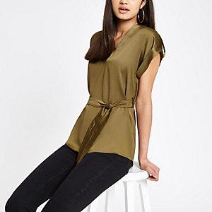 Kaki blouse met strikceintuur en V-hals