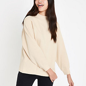 Beiges, hochgeschlossenes Sweatshirt