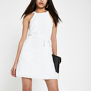 White tie waist swing dress