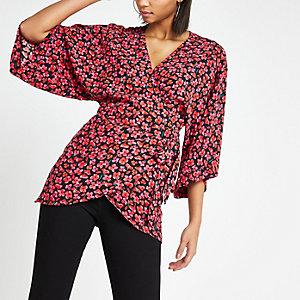 Zwart T-shirt in kimonostijl met bloemenprint