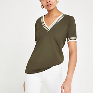 Khaki tipped V neck T-shirt