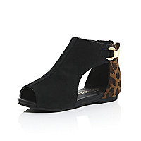 Mini girls brown cut out shoes