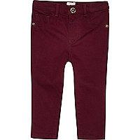 Rote Denim-Jeans