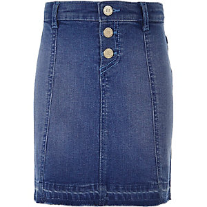 Girls mid blue wash buttoned denim skirt