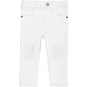 Mini girls white crochet knee jeans