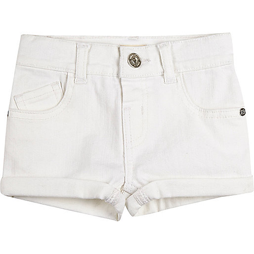 Short en jean blanc à revers mini fille