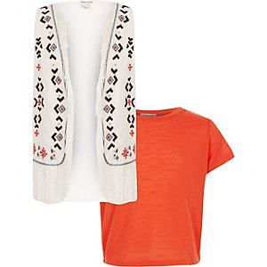 Girls red t-shirt and vest set