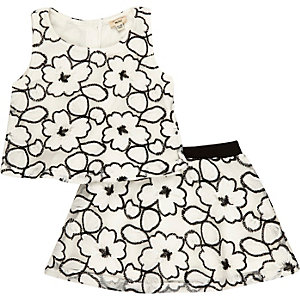 Mini girls white lace top and skirt outfit