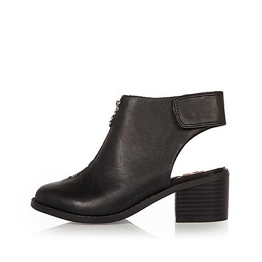 Girls black zip front boots