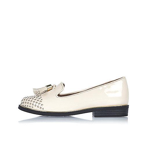 Girls cream laser cut loafers