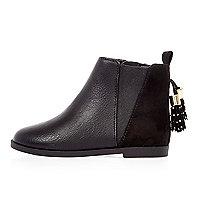 Schwarze Chelsea-Stiefel mit Quaste