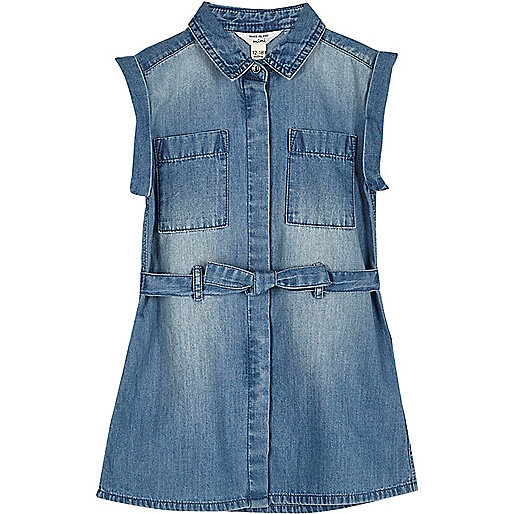Robe en jean bleu délavé avec ceinture mini fille