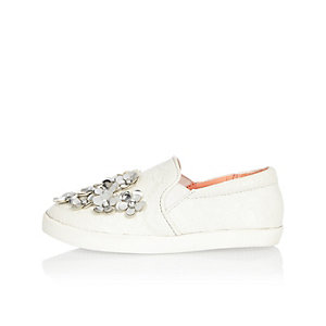 Mini girls white flower embellished plimsolls
