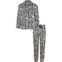 Girls pink leopard print pyjama set