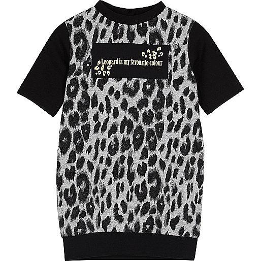 T-Shirt-Kleid mit Leopardenmuster
