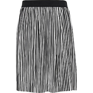 Girls black and white stripe plisse skirt
