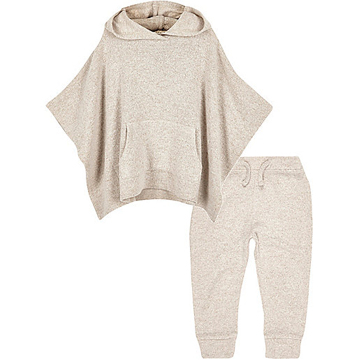 Mini girls oatmeal poncho and jogger set