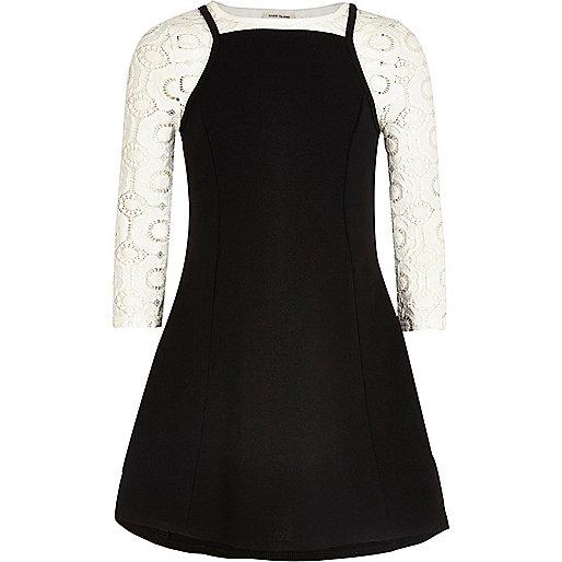 T-shirt et robe caraco noire pour fille