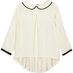 Top blanc plissé à col Claudine mini fille